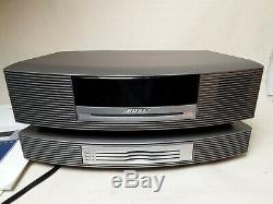 Bose Wave Music System AWRCC1 With 3 Disc Changer/Player. Works perfect