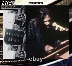 Neil Young Live At Massey Hall 1971 (CD + DVD) Neil Young CD NQVG The Cheap
